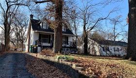 408 Oak Tree Drive, St Louis, MO 63119