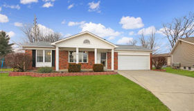 12 Carriage Hill Court, St Peters, MO 63304
