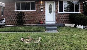 8817 Clifton Ave, St Louis, MO 63136