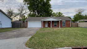 8521 47th Place, Tulsa, OK 74145