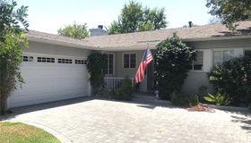 7107 Andasol Avenue, Lake Balboa, CA 91406