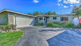 19420 Calvert Street, Tarzana, CA 91335