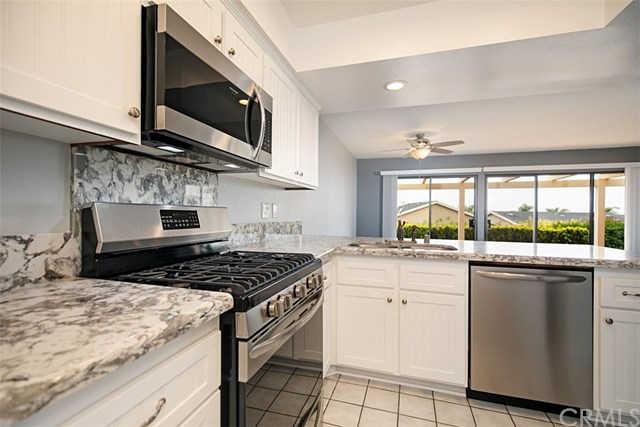 507 Avenida Adobe, San Clemente, CA 92672 now has a new price of $2,795!
