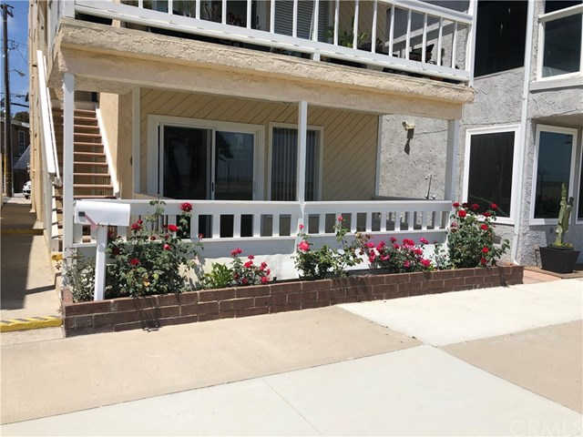 1623 Seal Way #a, Seal Beach, CA 90740 is now new to the market!