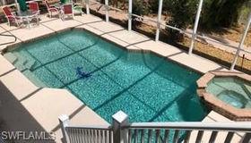 7842 Buccaneer Dr, Fort Myers Beach, FL 33931