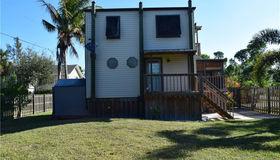 7402 Hibiscus Ave, Bokeelia, FL 33922