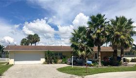 5207 Willow CT, Cape Coral, FL 33904