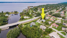 1219 Westfield Dr, Fort Myers, FL 33919