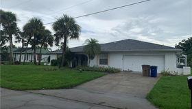 2403 Lakeview Dr, Lehigh Acres, FL 33936
