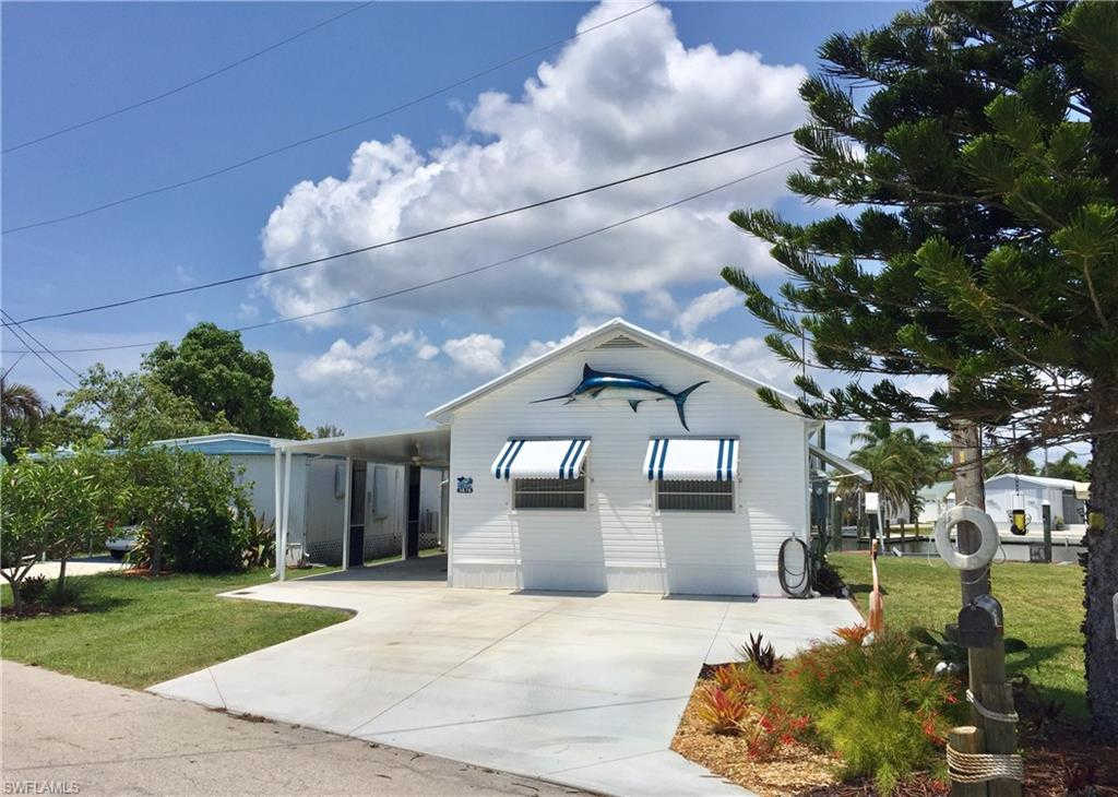 3876 Coconut Dr, St. James City, FL 33956 is now new to the market!