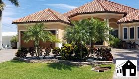 5339 E Del Monte CT, Cape Coral, FL 33904
