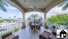 14820 Laguna Dr, Fort Myers, FL 33908