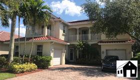 1769 Birdie Dr, Naples, FL 34120