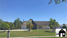 4305 Country Club Blvd, Cape Coral, FL 33904