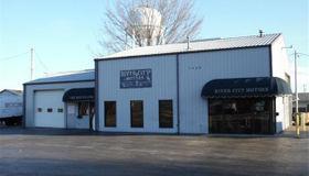 1400 East Edwardsville Road East, Wood River, IL 62095