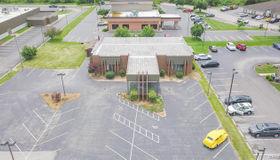 3555 College Avenue, Alton, IL 62002