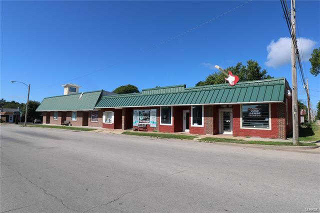 205 North Clark, Sullivan, MO 63080 is now new to the market!