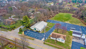 2054 Country Club, St Charles, MO 63303