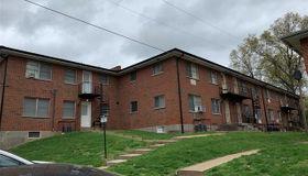 8425 Atherton, St Louis, MO 63130