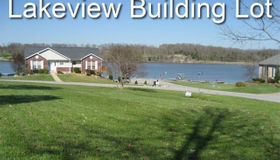 10211 Village Dr Drive East, Foristell, MO 63348