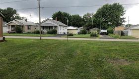 808 South Monroe Street, Litchfield, IL 62056