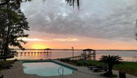 3165 Doctors Lake Dr, Orange Park, FL 32073