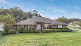 1499 Summit Oaks Dr E, Jacksonville, FL 32221