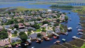 4314 Tideview Dr, Jacksonville, FL 32250