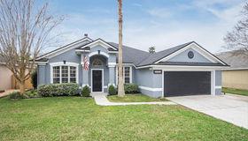 13064 Chets Creek Dr N, Jacksonville, FL 32224
