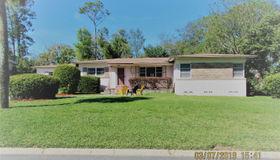 8441 Bordeau Ave N, Jacksonville, FL 32211