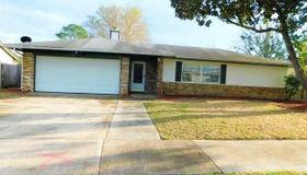 8518 Graybar Dr, Jacksonville, FL 32221