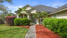 1117 Hideaway Dr N, Jacksonville, FL 32259