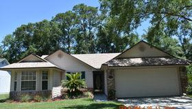 8225 Lakemont Dr, Jacksonville, FL 32216