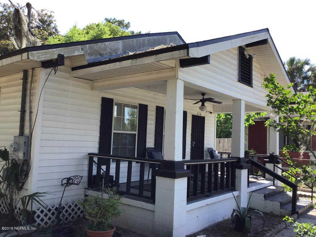654 Beechwood St, Jacksonville, FL 32206 now has a new price of $59,900!