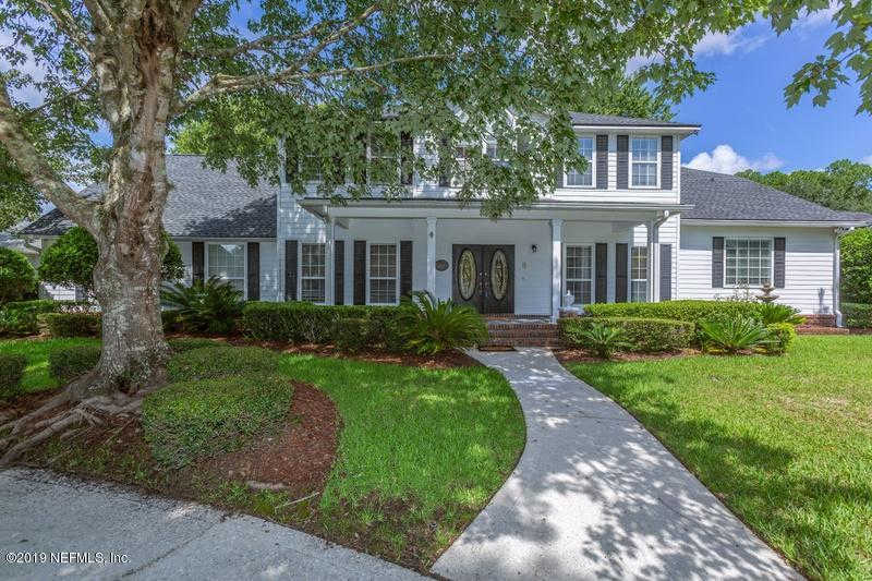 7853 Groveton Hills Pl, Jacksonville, FL 32256 is now new to the market!