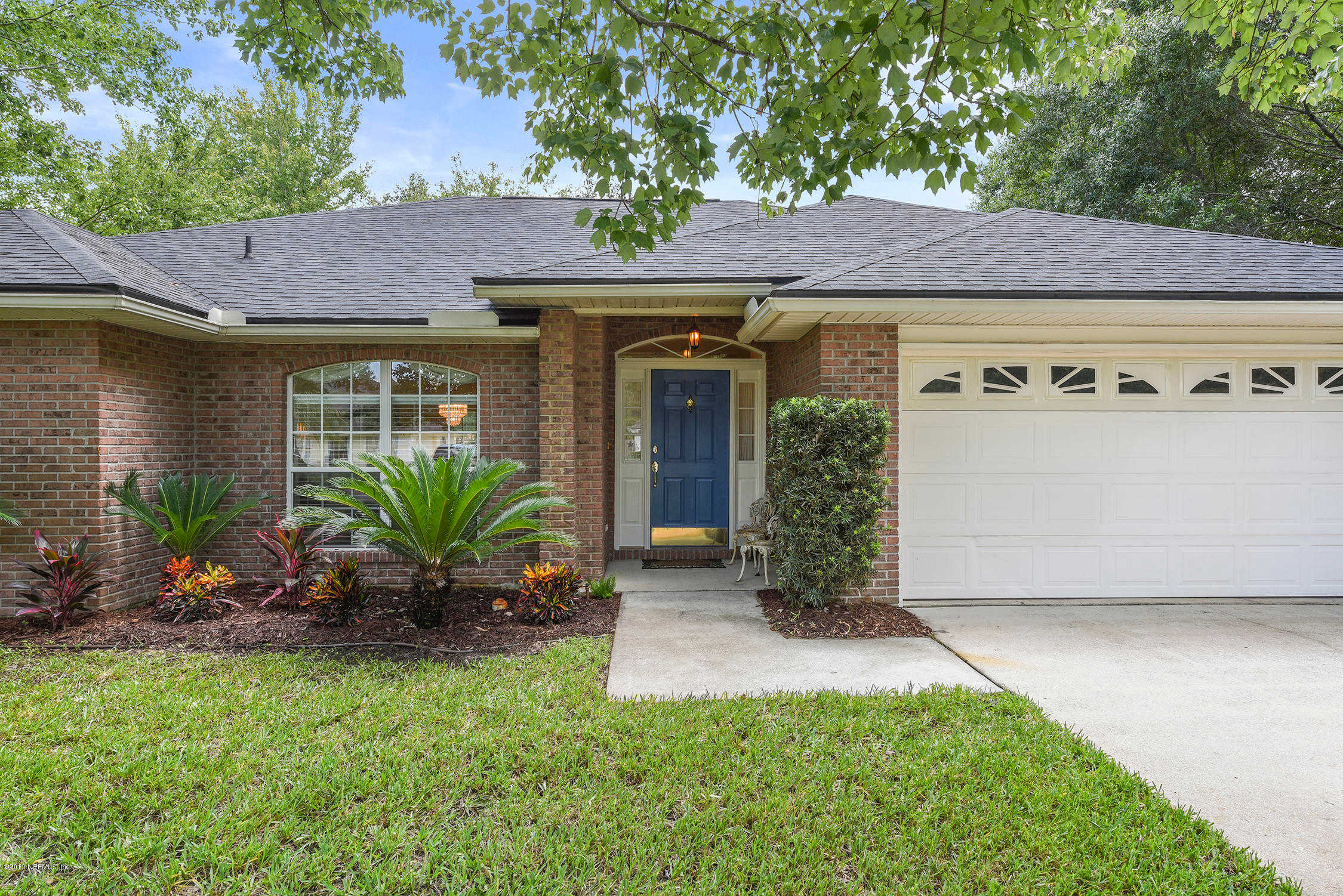 208 Nottingham Dr W, St Johns, FL 32259 is now new to the market!