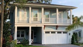 340 8th St, Atlantic Beach, FL 32233