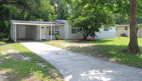 2221 Patou Dr, Jacksonville, FL 32210