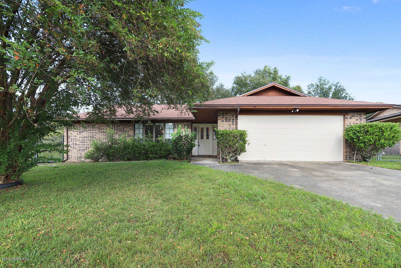 6219 Lindenwood CT N, Jacksonville, FL 32244 is now new to the market!