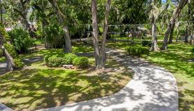 2475 Dogwood Ln, Orange Park, FL 32073