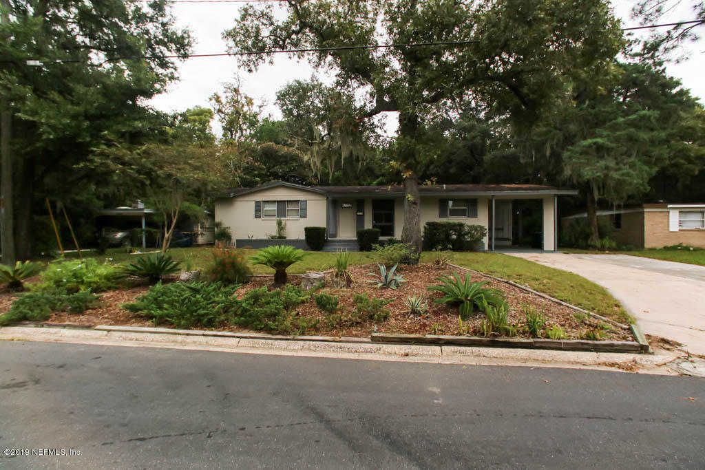 3939 Meek Dr, Jacksonville, FL 32277 is now new to the market!