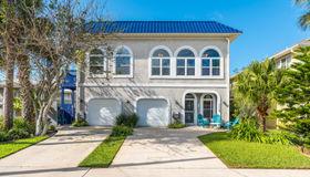 1112 1st St, Neptune Beach, FL 32266