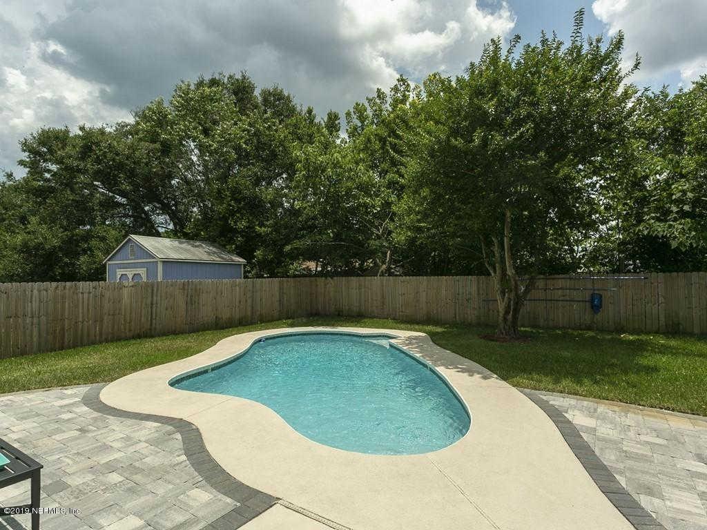 22 Saratoga Cir N, Atlantic Beach, FL 32233 now has a new price of $379,000!