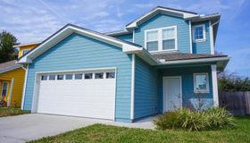 833 8th Ave S, Jacksonville Beach, FL 32250
