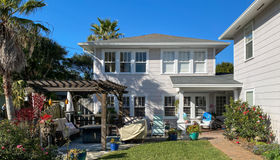 230 Hopkins St, Neptune Beach, FL 32266