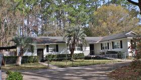 7761 Mulhall Dr, Jacksonville, FL 32216