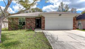 5035 Acre Estates Dr W, Jacksonville, FL 32210