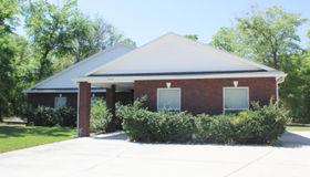 16570 Sand Hill Dr, Jacksonville, FL 32226