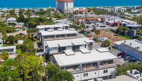 301 Ahern St #12, Atlantic Beach, FL 32233