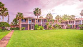 22 Comares Ave #5c, St Augustine, FL 32080